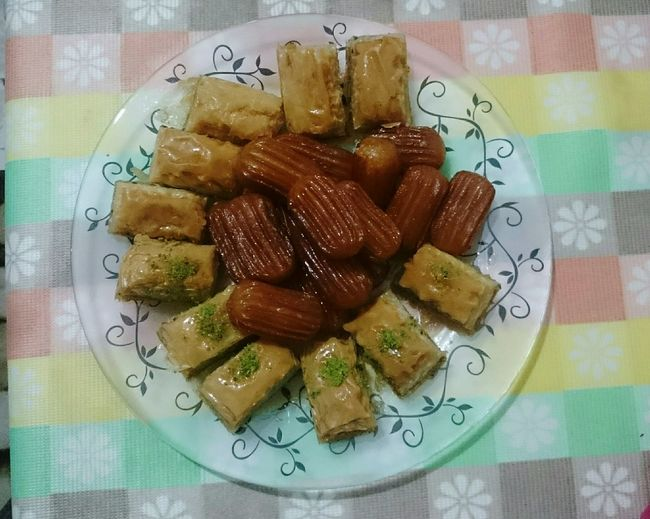 Baklava Sweet Luscious  Turkish Food Turkish Delight Tulumbatatlisi Tulumba Turkish Baklava Food Foodphotography No Edit/no Filter Mycollection My Favorite Photo Popular Photo Naturel EyeEm Best Shots First Eyeem Photo Turkey Sony Xperia Z3 SK Fotografii😊