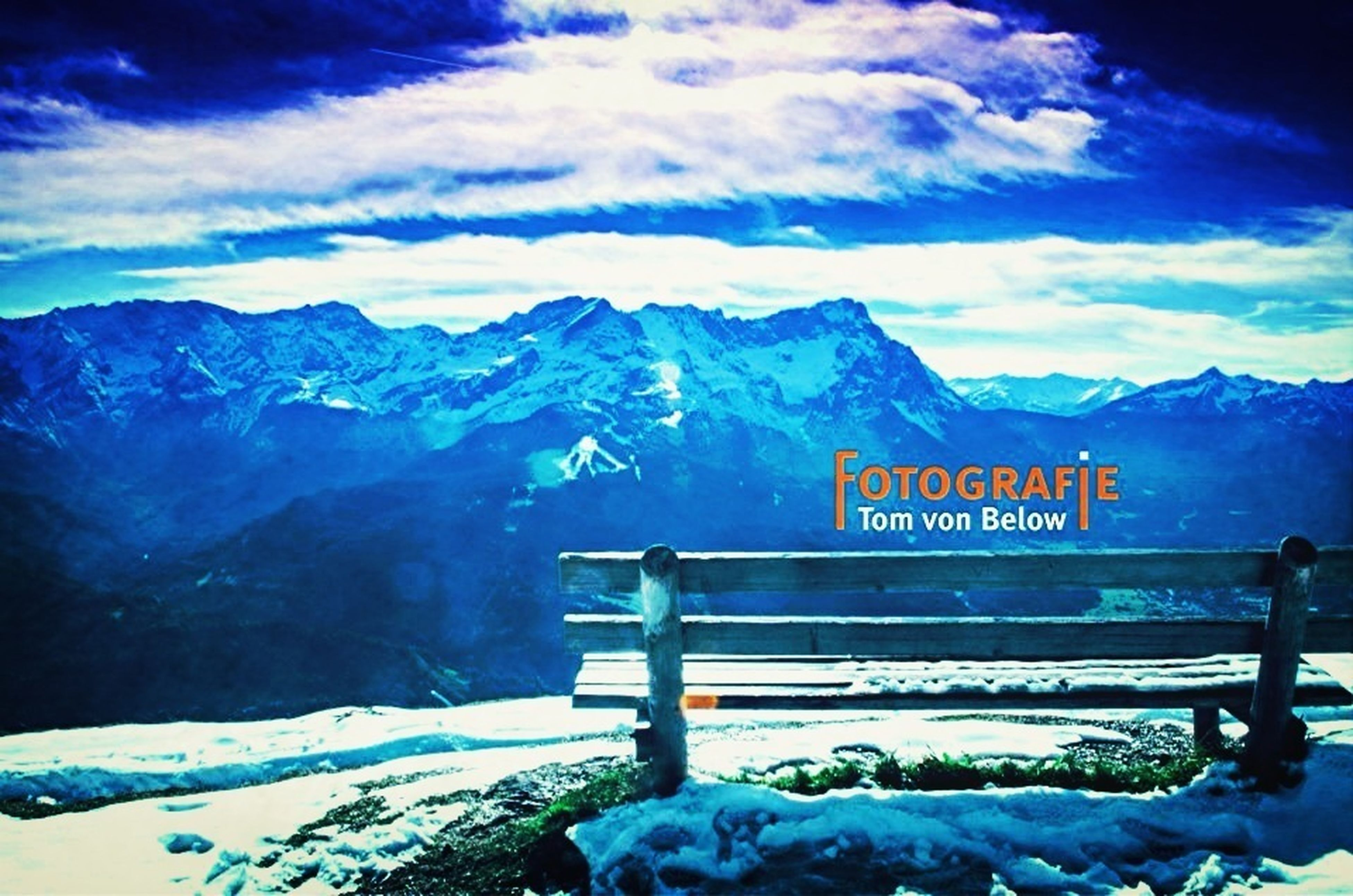 #mountain #sky #clouds #bench #love #tomvonbelowfotografie