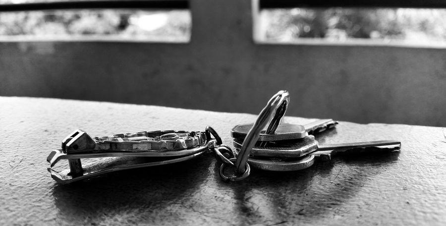 Photo Taken By me :) Photooftheday Snapseed Keys Blackandwhite Lightandshadow.