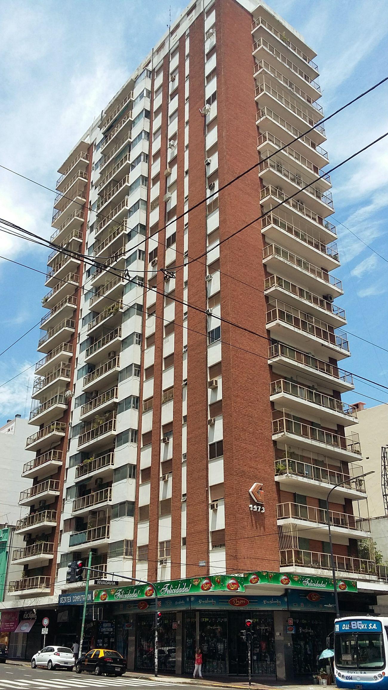 Argentina Capital Federal Buenosaires Buenos Aires Barrio Barrio De Flores Urban Urbanphotography Arquitecture Arquitectura Pothography Architecture Architecture Architecturephotography Building Buildingsandtrees Streetphotography Street