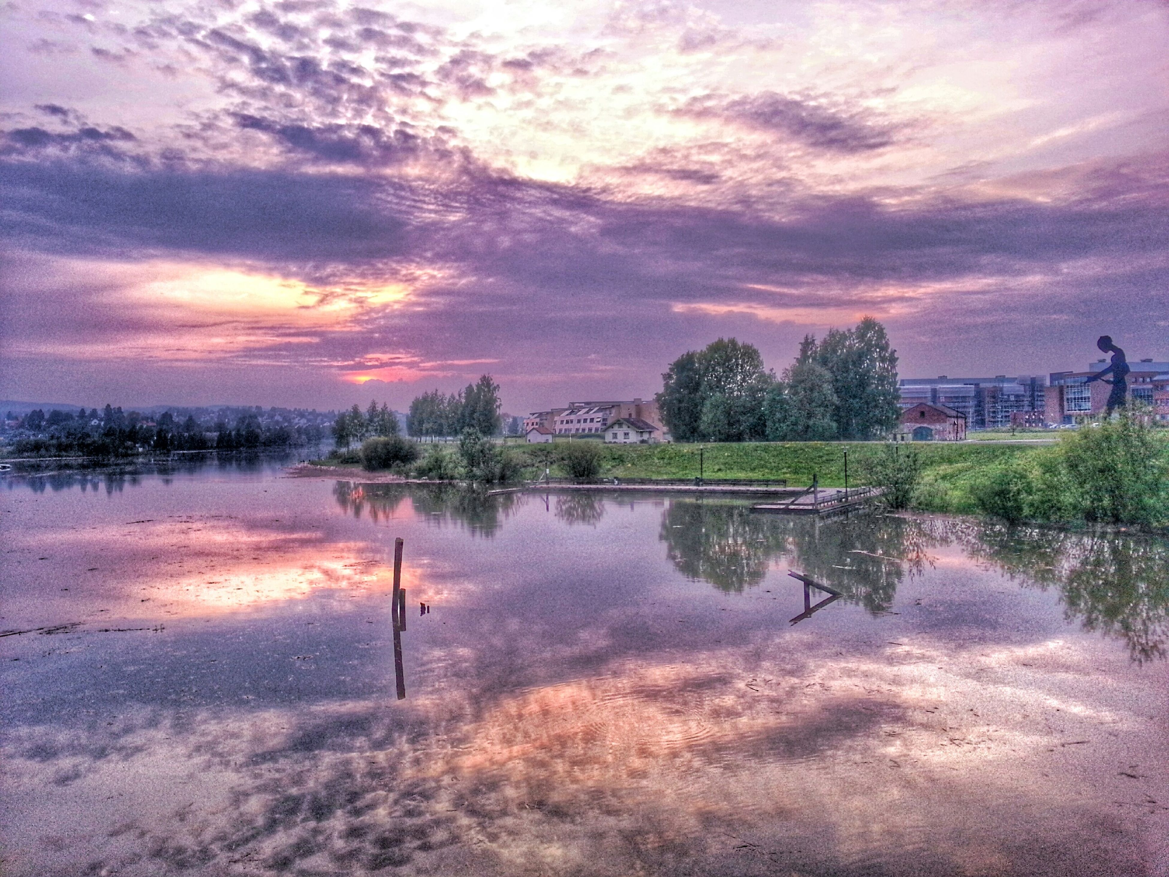 sky, cloud - sky, tree, water, reflection, sunset, tranquil scene, tranquility, beauty in nature, scenics, lake, nature, cloudy, weather, built structure, cloud, building exterior, architecture, idyllic, growth