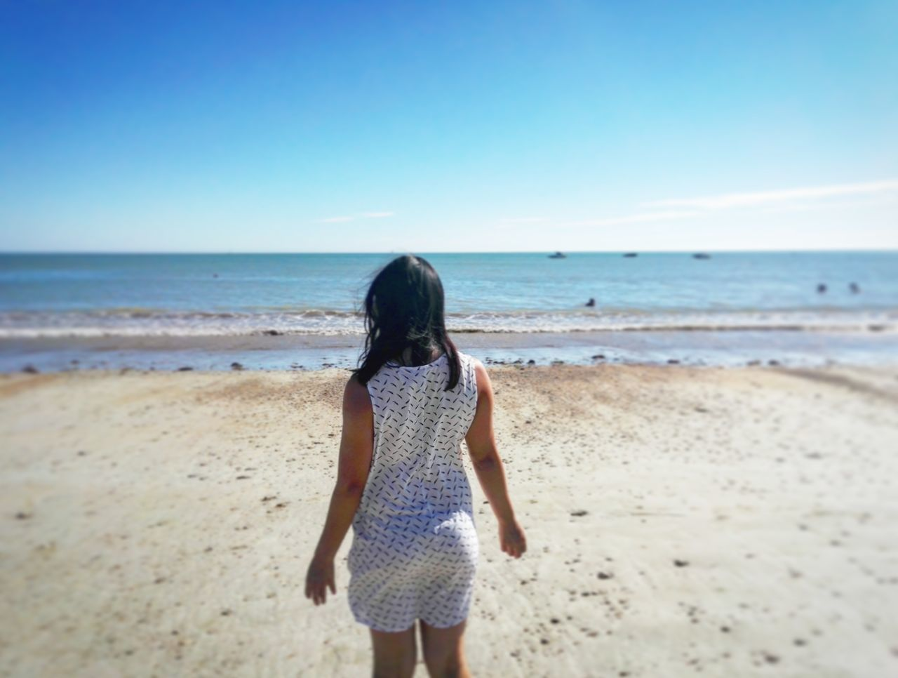 Sea Horizon Over Water Beach Standing Water Three Quarter Length Rear View Vacations Clear Sky Shore Childhood Leisure Activity Scenics Girls Lifestyles Tranquil Scene Casual Clothing Travel Weekend Activities Sand Asian Girl Asian Beauty Asiangirl Asianstyle