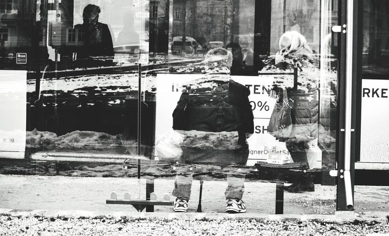 Monochrome Cityscapes Reflection Can You Find The Hidden...? The New Self-Portrait People Watching Waiting For The Bus Beauty In Ordinary Things Depth Of Field Multiple Exposures