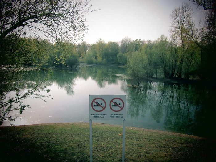 Swimming prohibited 🚫 Water Lake Nature Grass Tranquility Beauty In Nature Sign Swimmingprohibited Getty Images Alamy Images Adventure Wanderlust Photography EyeEm EyeEm Gallery EyeEmNewHere Lake View Text Escapefromreality Peaceful