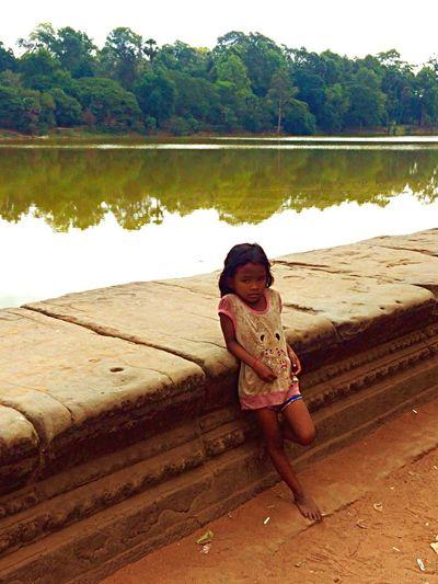 Kamboja Kambodia Angcor Wat Gerl Child Trip