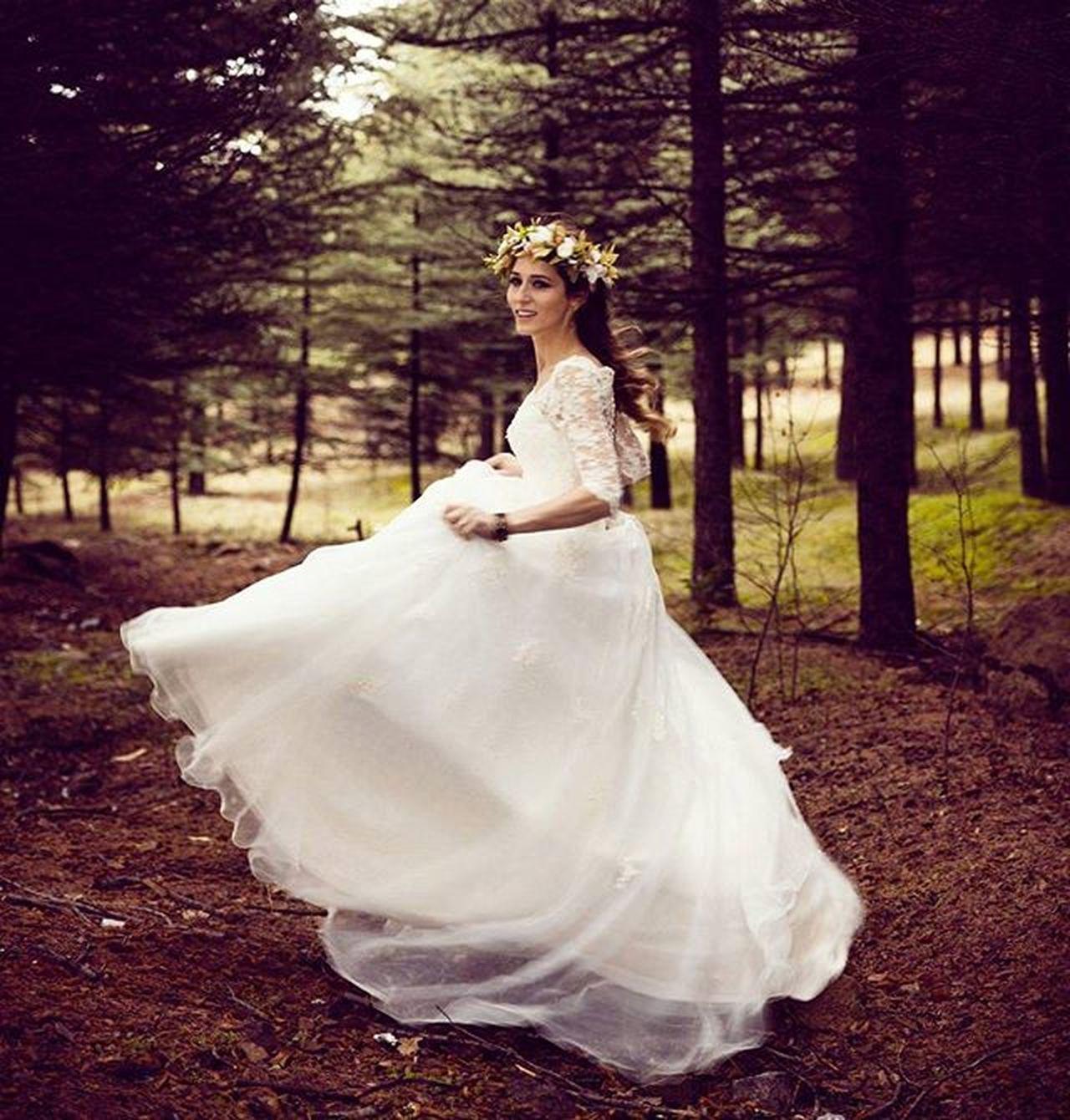 Photo:@mrrywedding makeup&hair:@evrimmemili accessories:@be.boutique Wedding Bride Photoshoot Makeup Accessories Dugun Dugunfotografcisi Dugunfotografi Gelin Gelinmakyajı My Favorite Photo