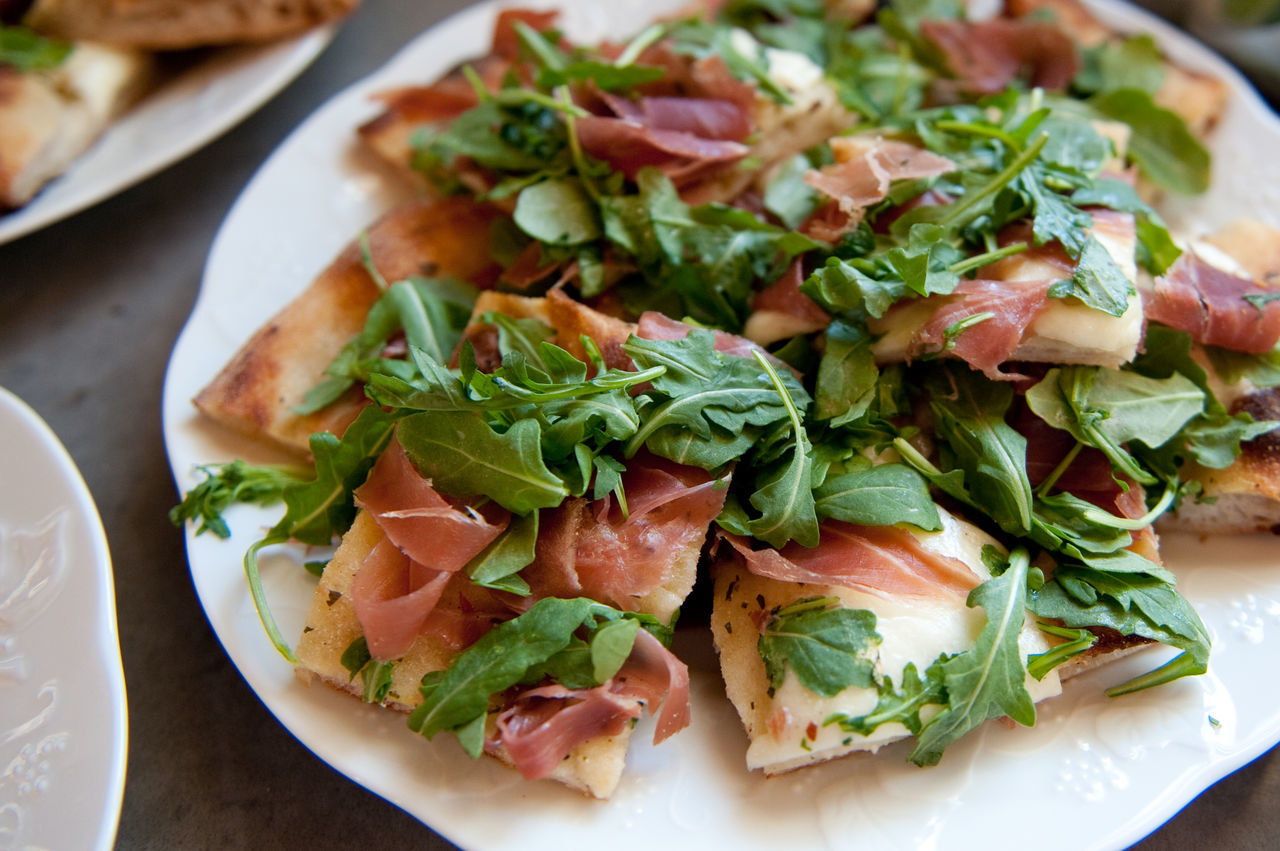 Flatbread with Proscuitto and Arugula