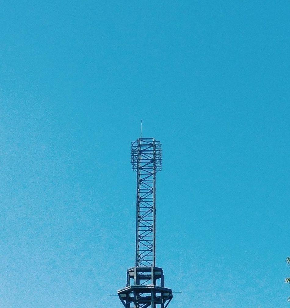 Tower Minimalism Sky Symmetrical