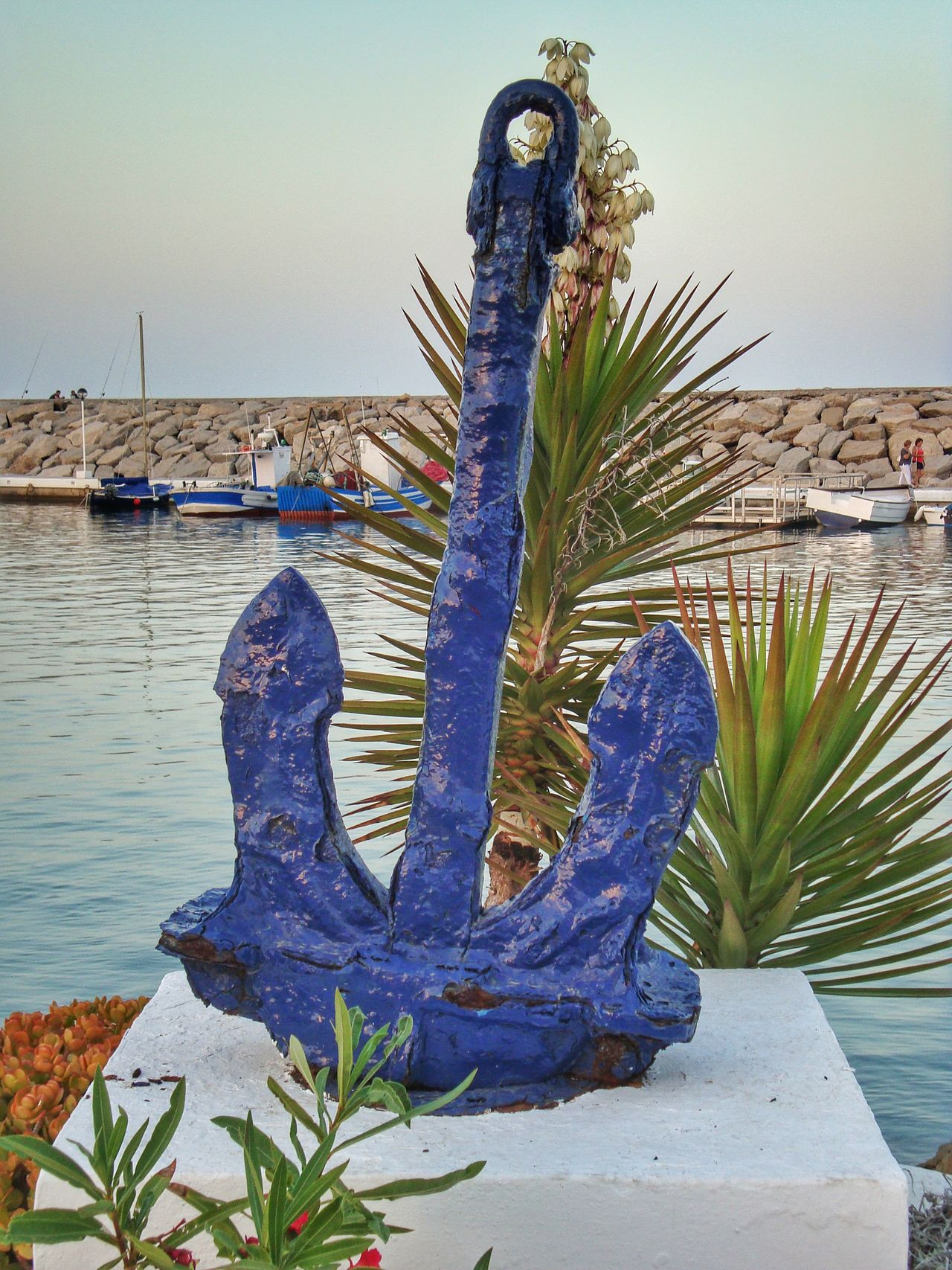 Anchor Anchor Monument Anchor On Stand Anchor Statue Anchors Anchors<3 Blue Blue Anchor Blue Color Blue Colour Boats Anchor And Sea Colour Blue Duquesa Duquesa Lighthouse Duquesa Marina Duquesa Spain Growth Marina Duquesa No People Outdoors