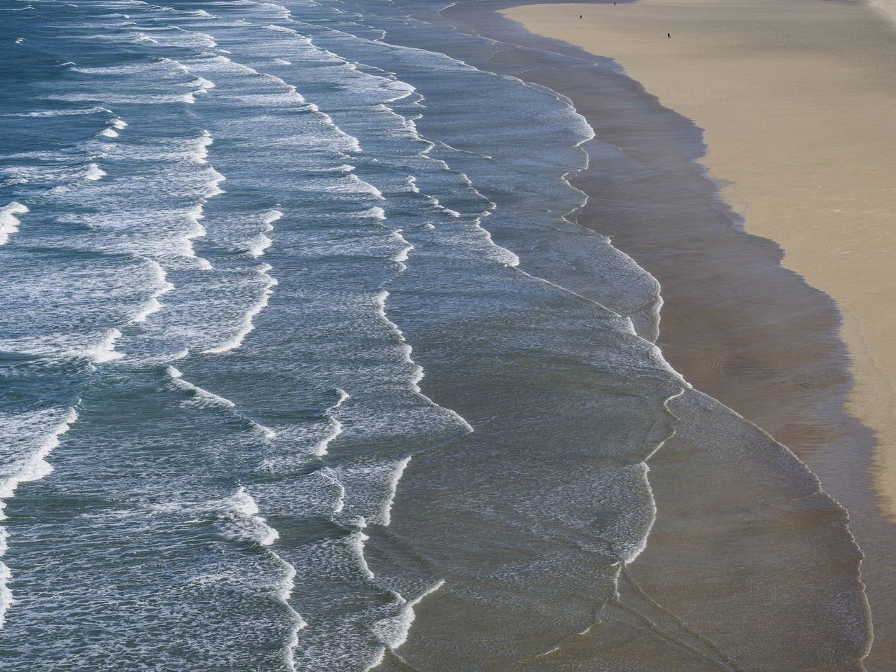 Waves roll in on Hayle beach Cornwall Beach Beauty In Nature Cornwall Nature Outdoors Sand Sand & Sea Sea Water Wave