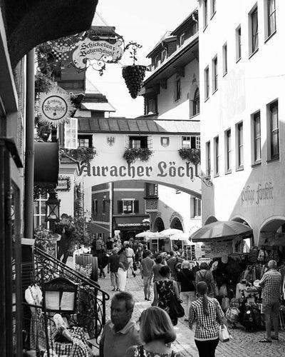 Beautiful Architecture and Design of Old Buildings in an Alley . Römerhofgasse Street . Near the Citycenter . Kufstein Tirol  Österreich Austria . Taken by my Sonyalpha A57 DSLR Dslt . تصميم معمار زقاق النمساء