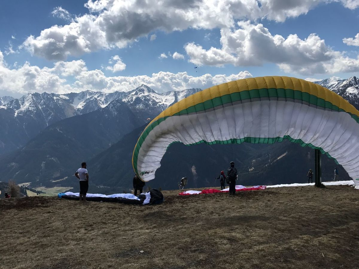Second Acts Paragliding hills Tirol