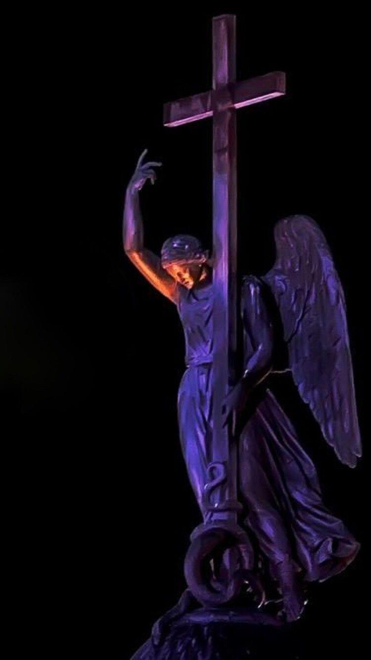 Citi Angel Angel Angel Of Saints-Petersburg Alexander Column Miles Away EyeEmNewHere The City Light Minimalist Architecture Flying High