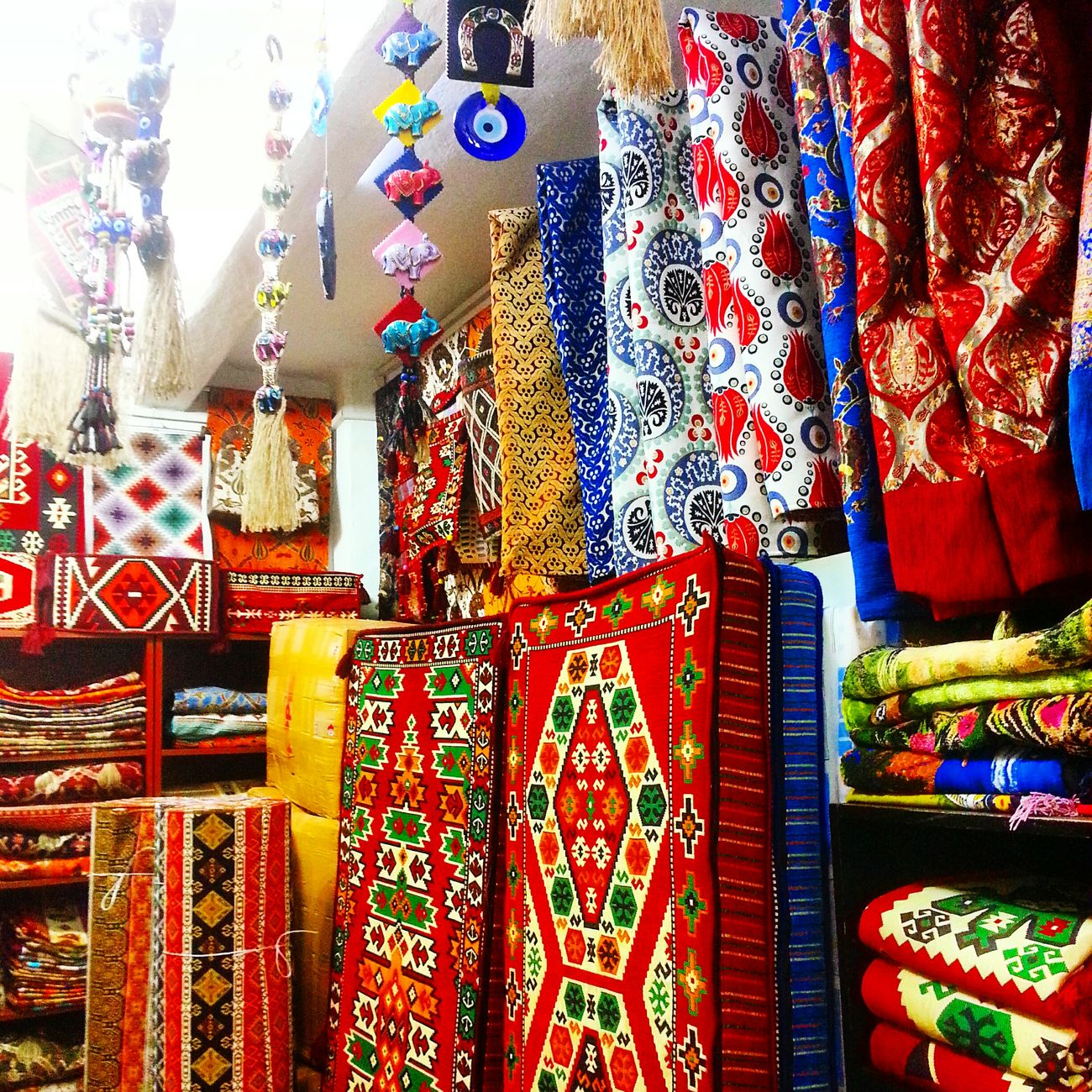 Grandbazaar In Happiness Istanbulstreetphotography Istanbuldayasam Enjoying Life Turkinstagram Turkeyphotooftheday Relaxing Istanbulove Hello World Turkishfollowers EyeEm Gallery That's Me EyeEmBestPics Taking Photos Istanbul - Bosphorus Carpet Design Love Carpet - Decor Ottoman Life OttomanCity Ottomanarchitecture Ottomanturkish Ottoman City Eye4photography