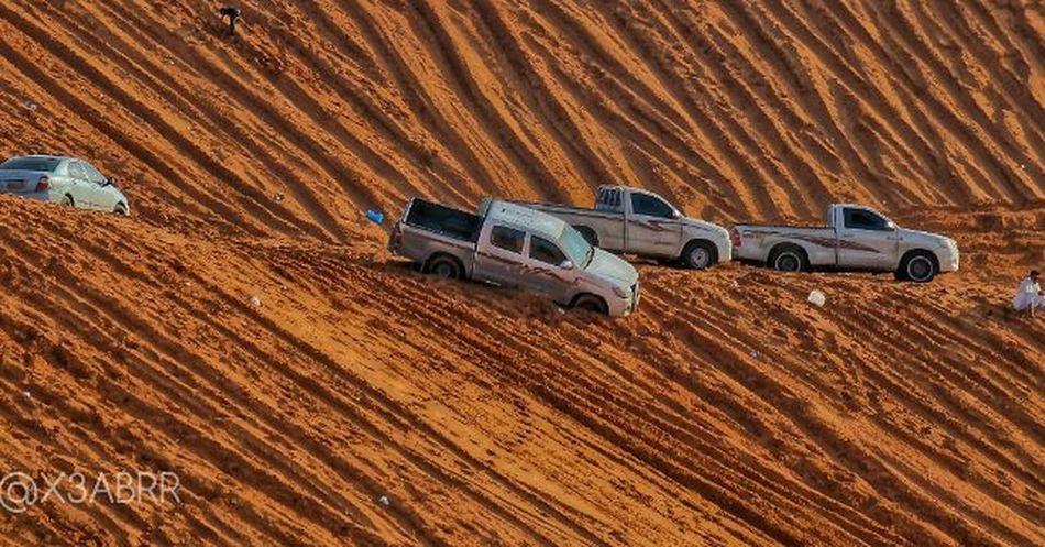 ارشيفيه تويوتا هايلوكس سيارة رمل طعوس صورة Photo Photos Toyota Hilux Cars Car HDR Cars Landscape Nature Photographys KSA Saudiarabiatag Saudiarabia الخرارة المزاحمية تطعيس التطعيس نفود تصويري عدستي بعدستي