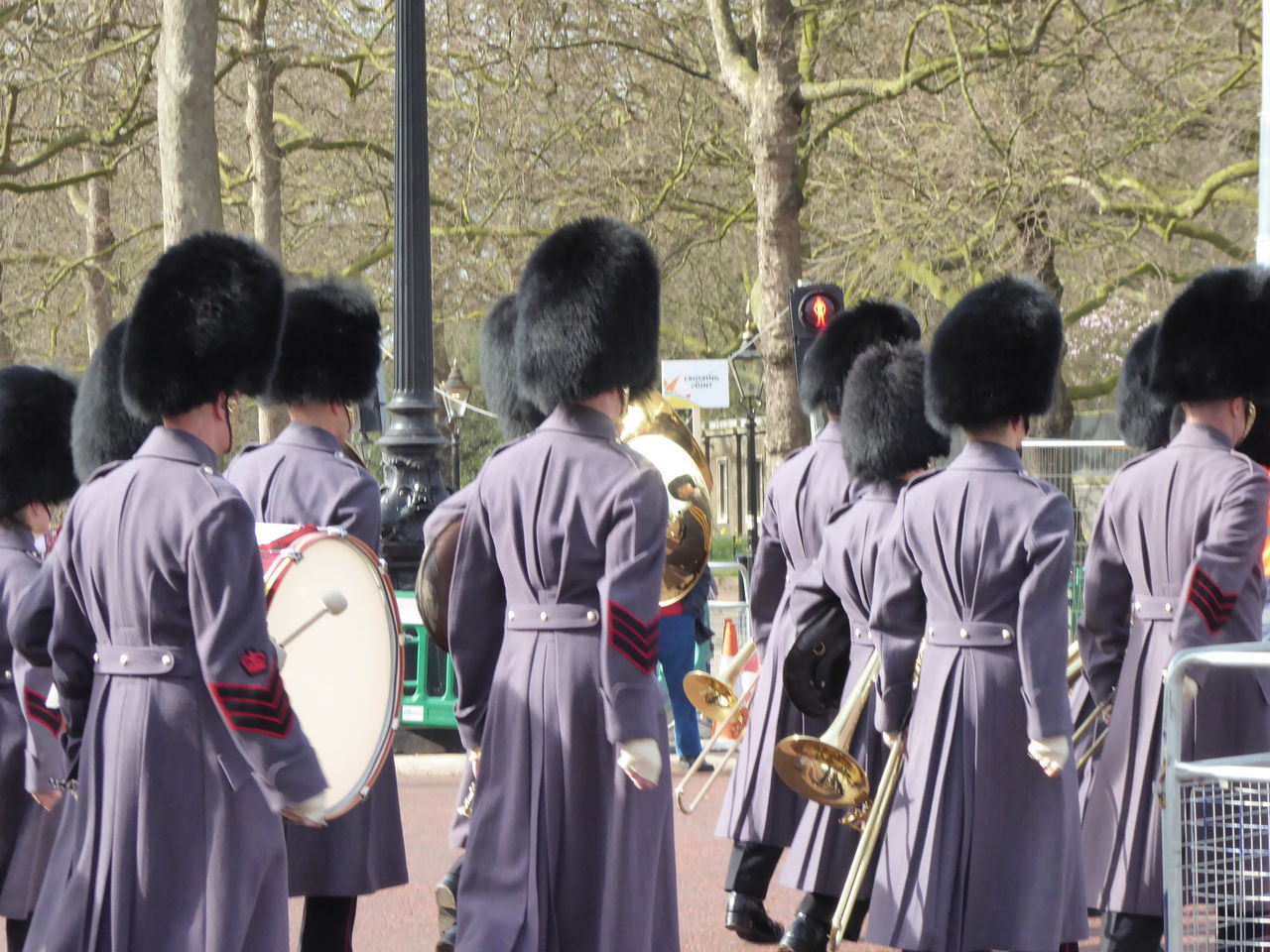 EyeEm LOST IN London Queens Soldiers Quens Gaurds Rear View St James Palace Togetherness Traditional Clothing Uniform
