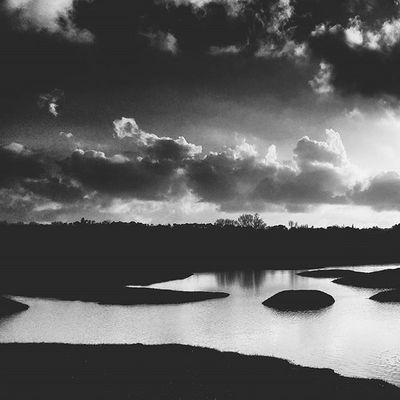 N A T U R E 🍁 LG  Igersfrance Igerstoulon Toulon TPM Toulonforever Igm_toulon Parcnatural Sunset Sunsetfestival Sunsetporn Nature Reflection Reflect Ig_great_pics Ig_great_shots Ig_europe Ig_france Dxo Monbeauquartier LaGarde Var Bnw_captures Bnw_life Bnw_society bnw lake jaimelafrance topfrancephoto mediterraneecartepostale