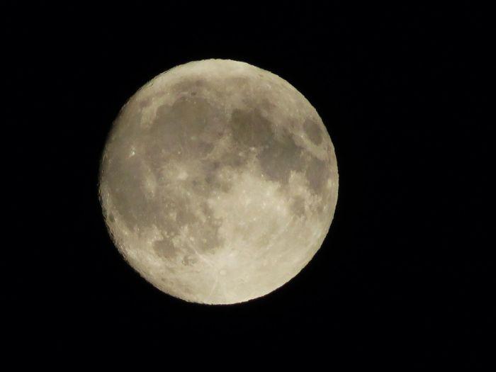 20171004今夜は中秋の名月。望月 十五夜 月齢 14.24 Moon 中秋の名月 月 望月 十五夜 夜空
