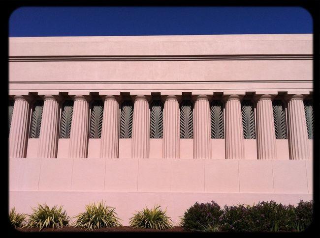 Mausoleum Building Cemetery Pillars
