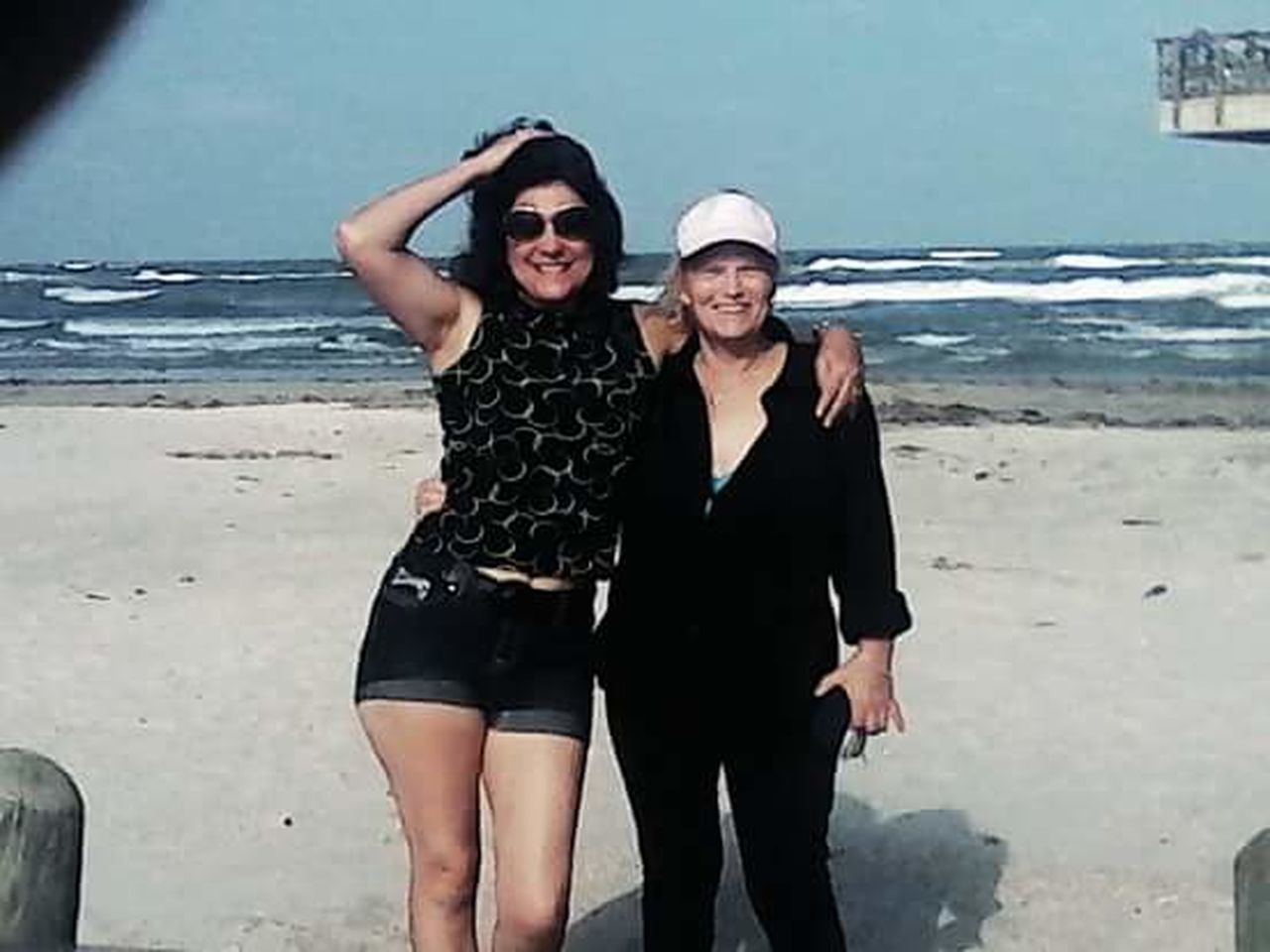 My Bestfriend And I. ♥ March Showcase Weather Photography Warm Winter Cellphone Photography Winter_collection Climate Change(global Warming) Beach Day Open Edit Life Is A Beach Bestfriends We Go Way Back Enjoying Life Toes In The Sand That's Me! the short one, lol! thank you!