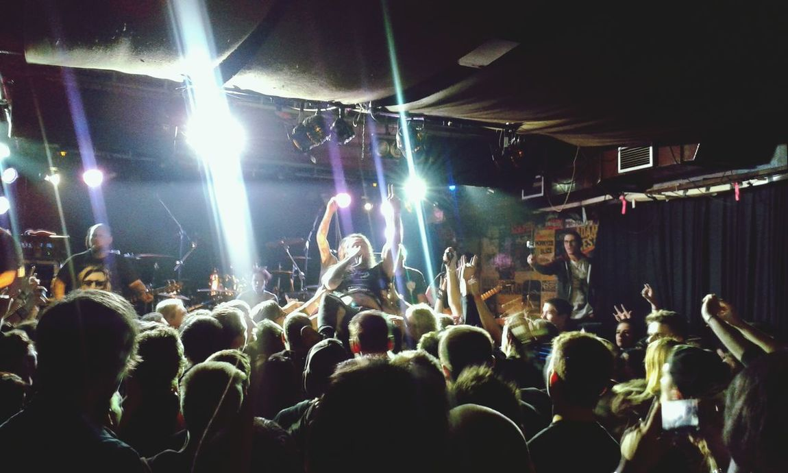 30. november 2014, Randal Club Slovakia Crowdsurfing Thy Art Is Murder