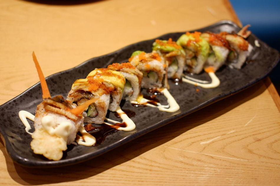 Sushi time... 😋😋😋 Food Ready-to-eat Sushi Japanese  Japanese Food Jepang Foodieforlife Foodie Noodle Foodphotography Foodgasm Foodporn Followme Foodphoto Sukamakanmakan Foodspotting Foodies Like4like Foodpics Foodieseyeem Foodiesfeed Foodiegram Lunch Sushi Food State
