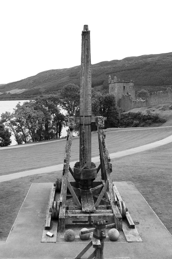 Catapult Urquart Castle History Architecture No People Built Structure Architecture_collection Travel Loch Ness Old Ruin EyeEmNewHere Travel Photography Landscape_Collection The Week On EyeEm Blackandwhite Black & White Bnw_collection B&w Blackandwhite Photography Architecture EyeEm Selects Beauty In Nature Stones Grass Lake