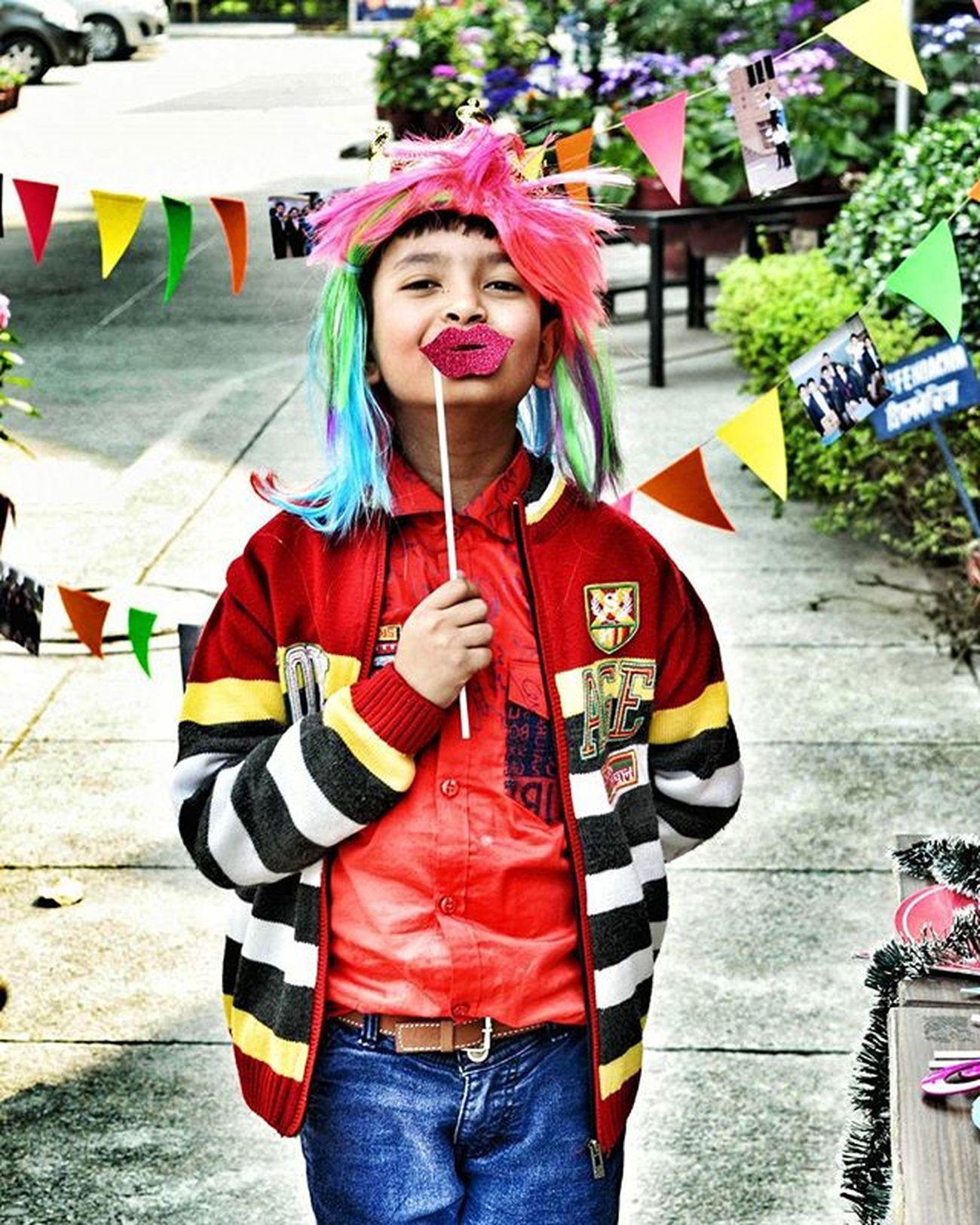 Throwback Bestposerever😂😂😂 ADMIRING Snapseed Nikon💗 Dslrphotography Childhoodmemories