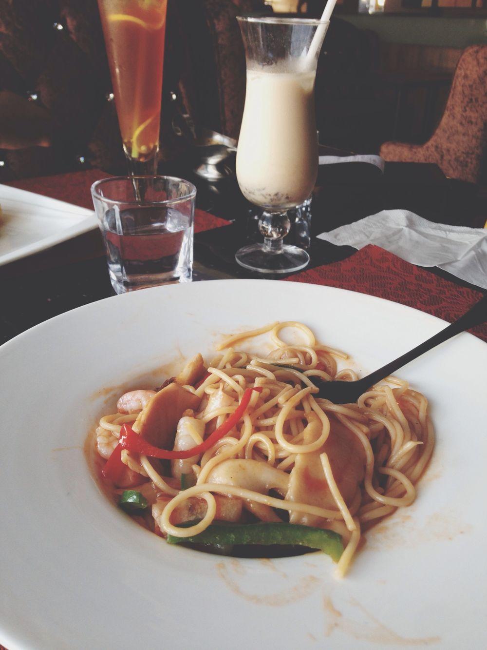 美食 In Heaven 午餐时间,迟了好多。