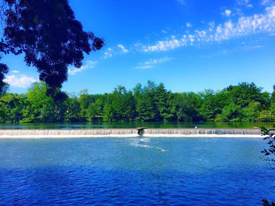En Balade Au Bord De L'eau Riviere Nature Sur Les Chemins Paysage Sur Le Chemin The Essence Of Summer Summer 2016 ÉTÉ 2016