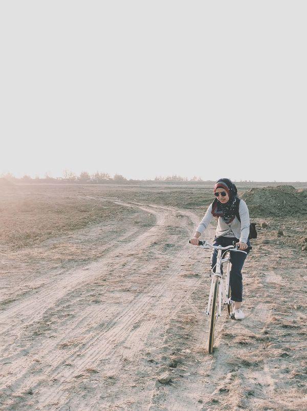 Activity Happiness Woman Tokyobike Pattani Relaxing Enjoying Life Lifestyle
