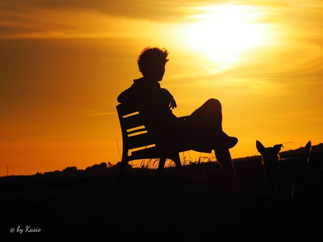 Sunset Lifestyles Sitting Beauty In Nature Nature Sun Outdoors Tranquility Orange Color The Great Outdoors - 2016 EyeEm Awards EyeEm Best Shots Capture The Moment Landscape Sky Color Photography Sky_collection Idyllic Romantic Sky Solitude Nature Siluet Silhouette Silhouettes