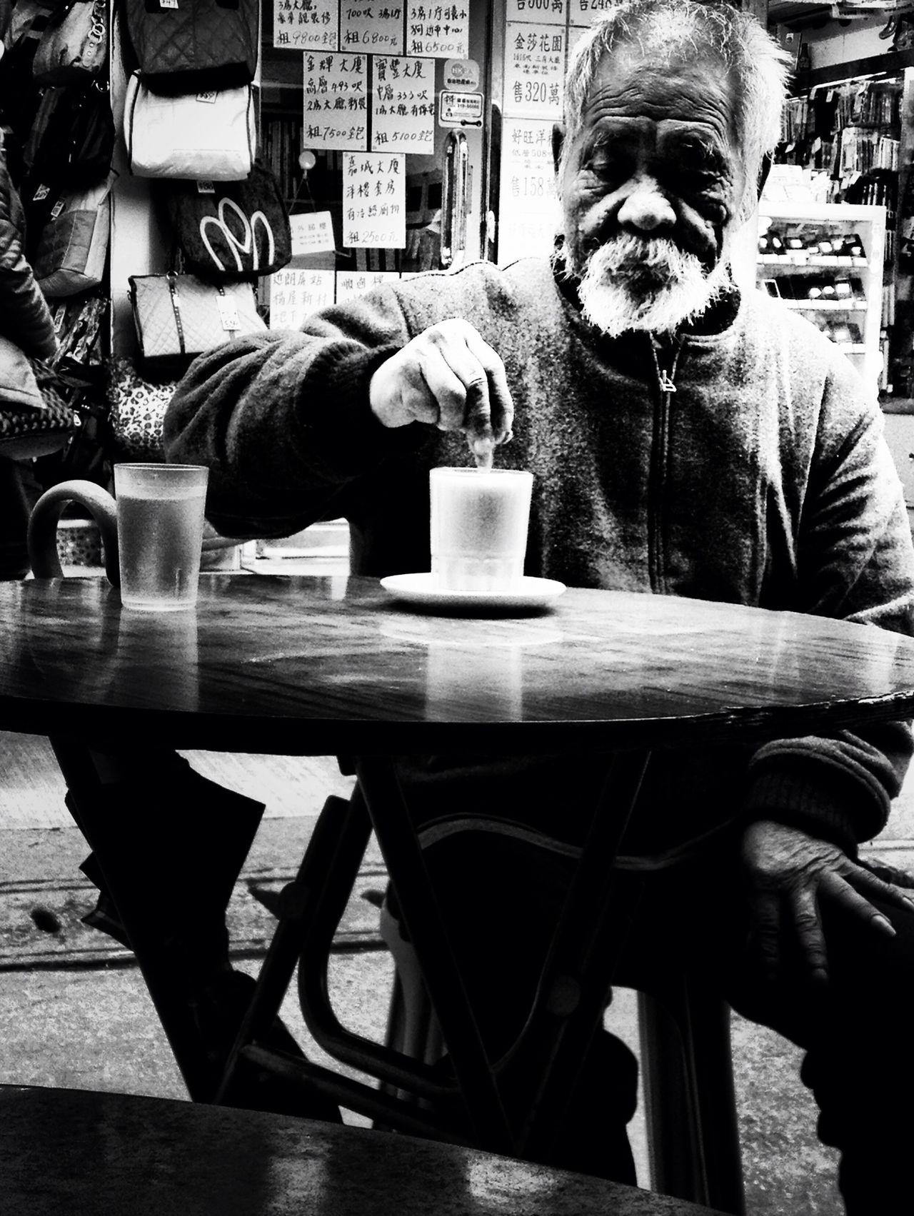 people at 西苑強記咖啡食店 People