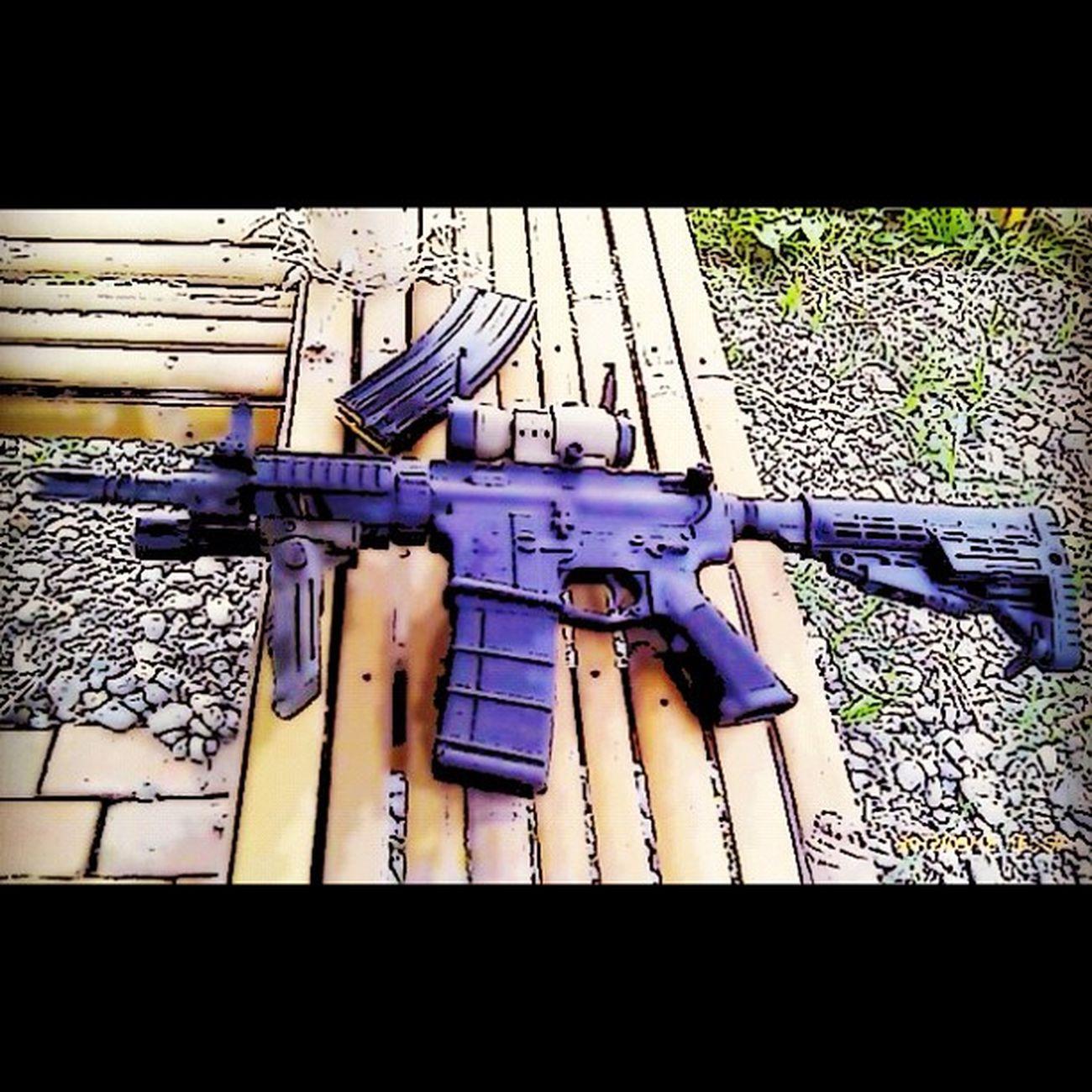 M4a1 Assault Rifle Navyseal Firing friends redDot