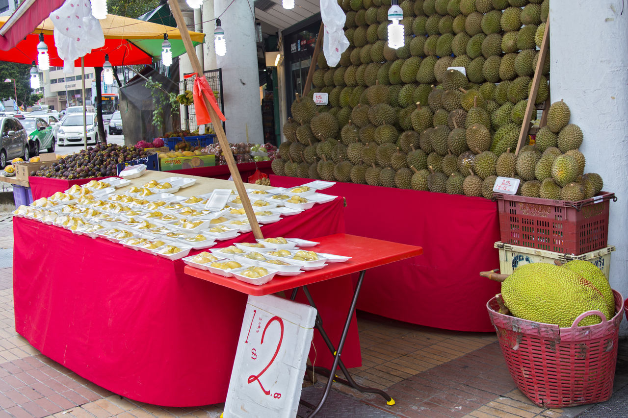 Choice Durian Durian Fruit Durians Durians Shop For Sale Freshness Fruits Healthy Eating Market Market Stall Outdoors Red