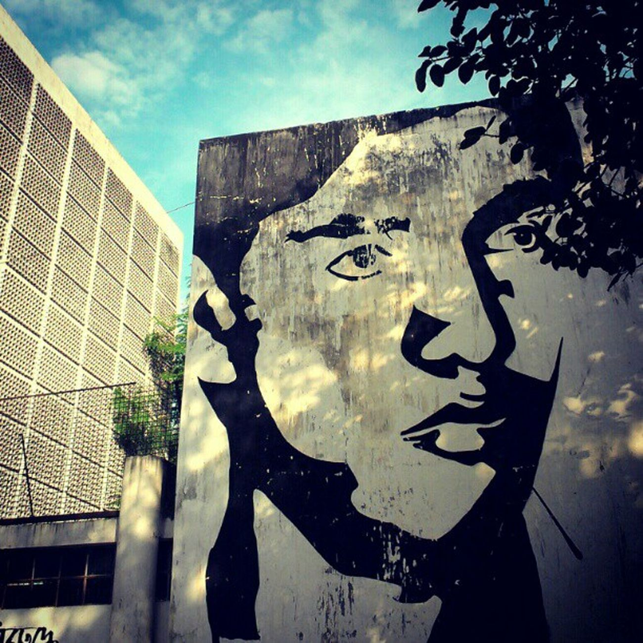 universityofdhaka Dhaka Graffiti Face Sky Mural Blue Black