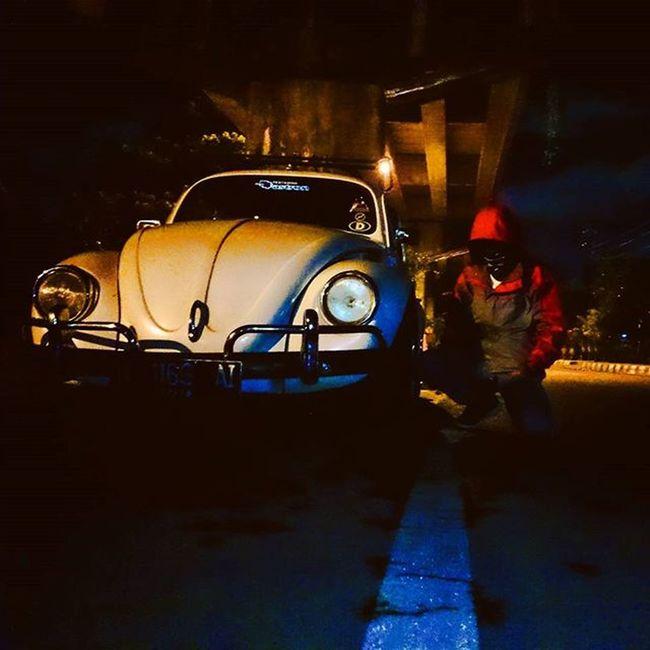 Gak penting begitu cepat lainnya, siput jalan begitu santai karena ingin nikmati hidup Ootmalang Malanghits Jalanjalanmen Iseng Malam Jam Forester Vwindonesia Discovermalang Exploremalang Ayas Umaksangar Ayoo Malangswantesayang . . . . . Loc: Jembatan Arjosari Photo by :@elzakusuma