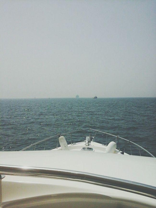 Top view...⛅🌊⛵ Unitedarabemirates Lifeinuae Sealife Yacht Sea 🌊💙 Abudhabi