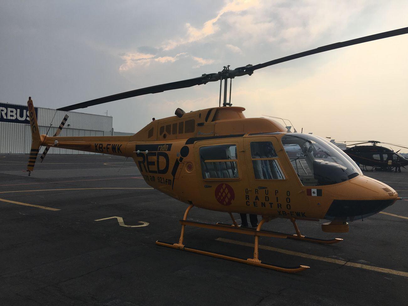 """Helicopter Sky Airplane Mexico City Noticias helicoptero de """"La Red de Radio Red"""" noticias urbanas y viales Cdmx"""