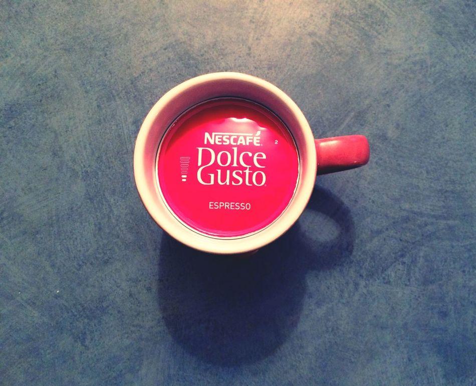 One size fits all Coffee Coffee Break Coffee - Drink No People Coffeeaddict Coffeeaholic Coffeeart Nespressomoments Nespresso Nespresso Time