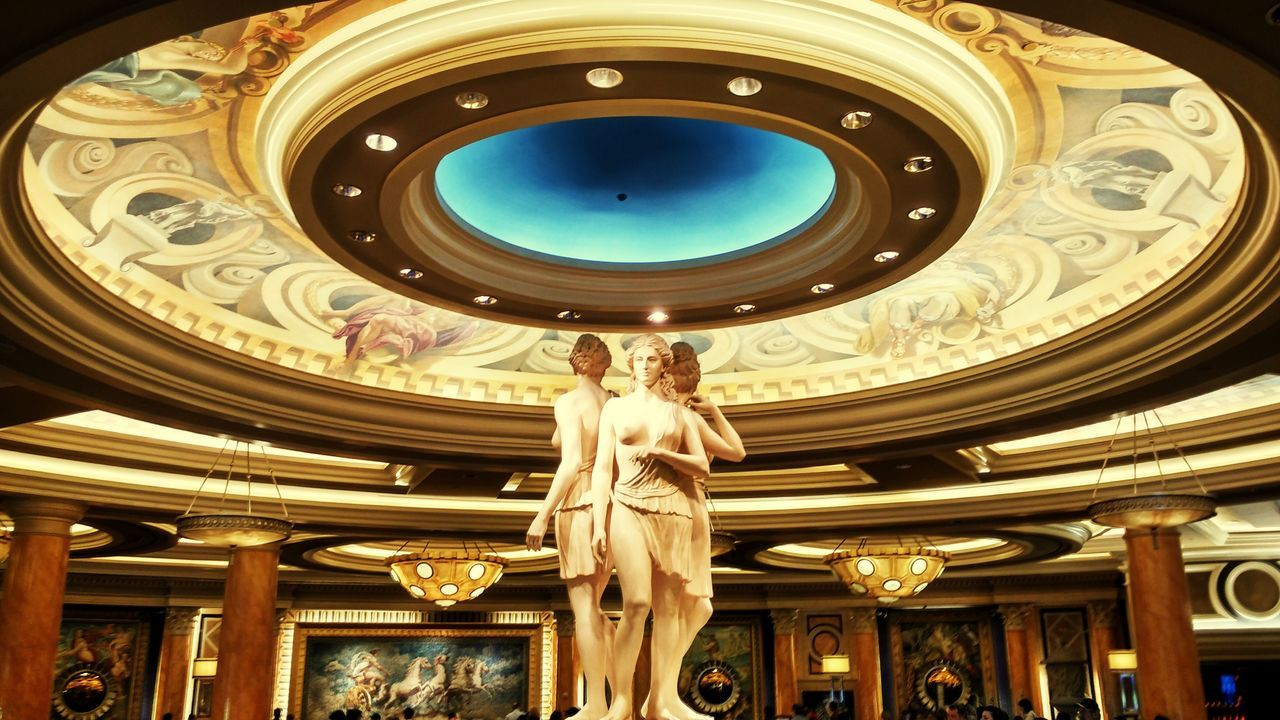 The best buffet on Earth. Sculpture Statue Architecture Lasvegas