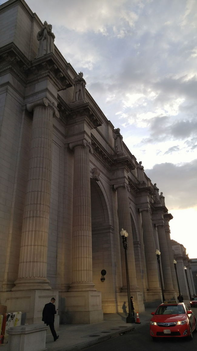 6:00 a.m. Union Station D.C. BadAnimals Images. 2016. Transportation WashingtonDC Mobilephotography Urbanphotography Shotonlgg4 LGG4 Trainstation Morning