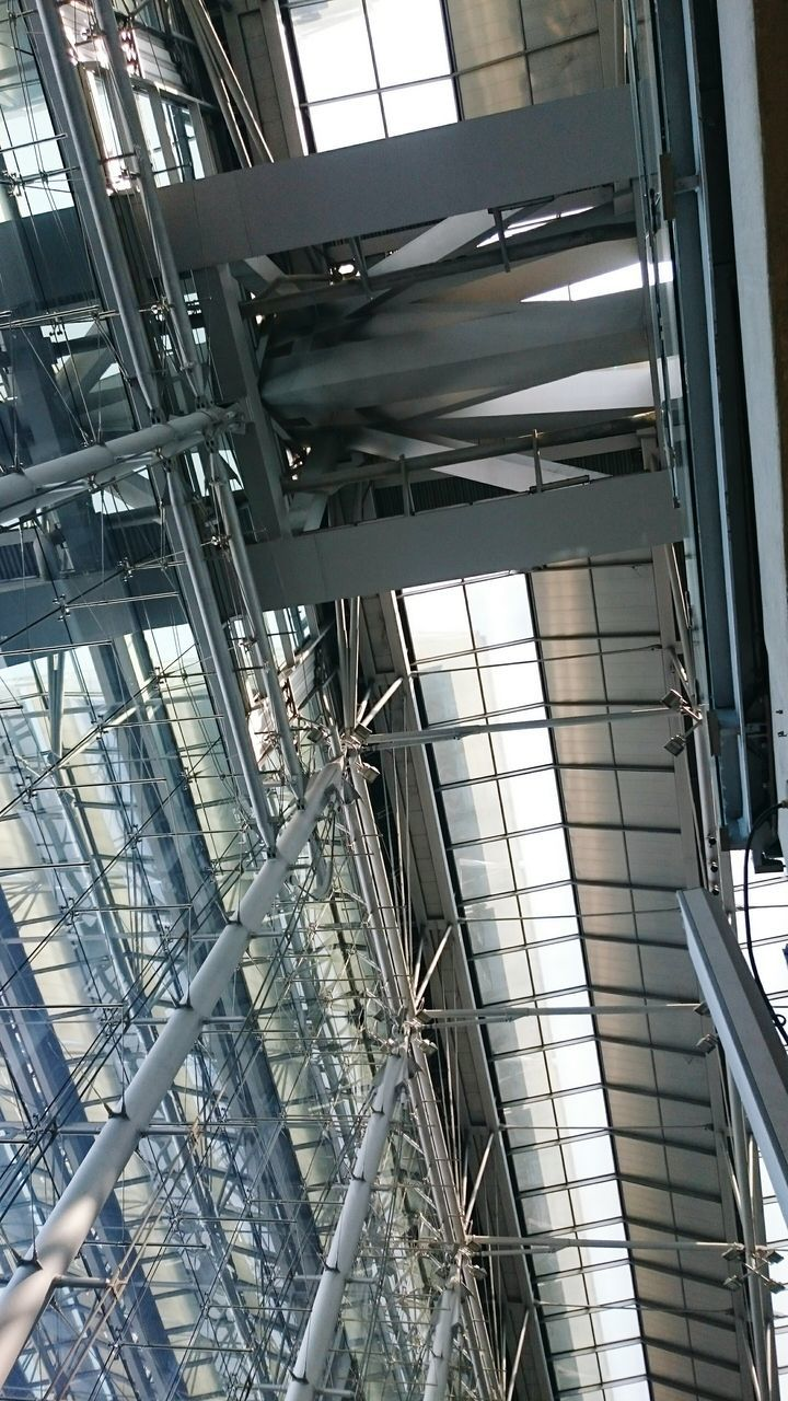 low angle view, architecture, built structure, indoors, no people, day, building exterior