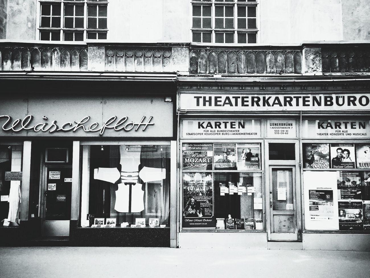 Blackandwhite Blackandwhite Photography Laundry Fasade Wien Vienna Theaterkarten Storefront
