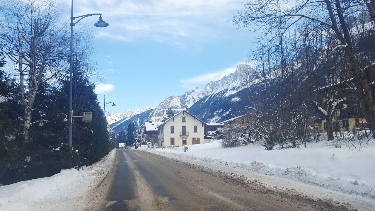 Les Houches Les Houches Snowcapped Mountain Mont Blanc Massif France Chamonix Alps Mountain Range Winter Snow Landscape Les Bossons