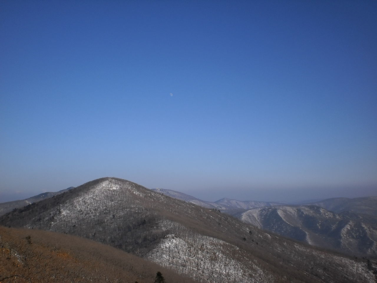 mountain, nature, blue, clear sky, landscape, scenics, copy space, tranquil scene, tranquility, no people, outdoors, beauty in nature, mountain range, day, moon, sky