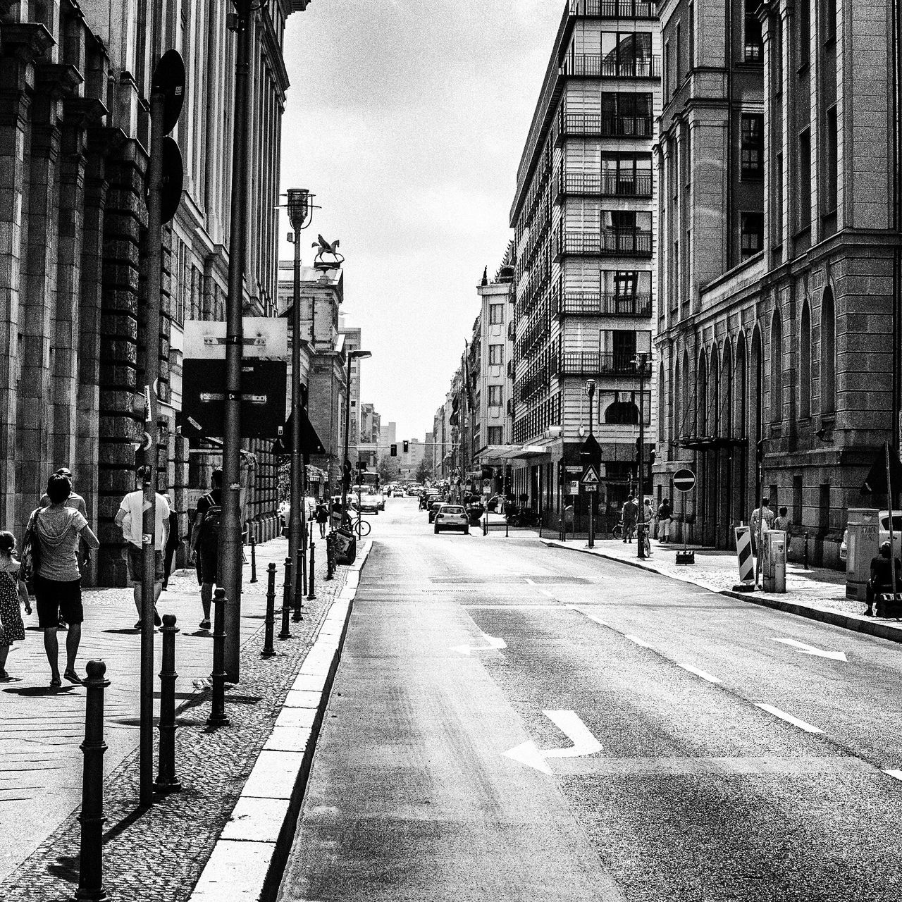 Black And White Downtown EyeEm Best Edits Streetphotography