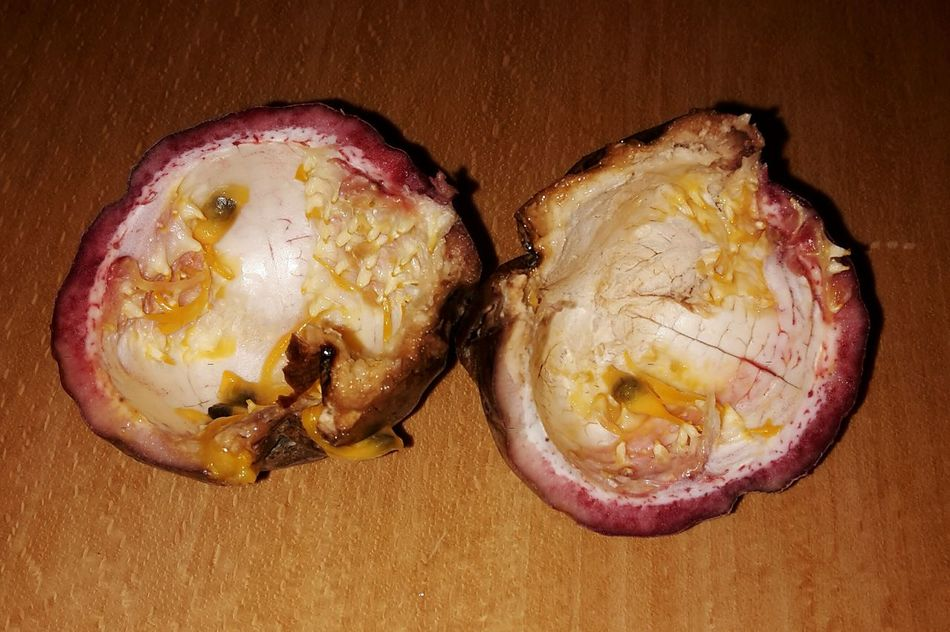 Food High Angle View Close-up Schale Passionfruit Passionsfrucht Beautiful Nature Empty Peel Eaten