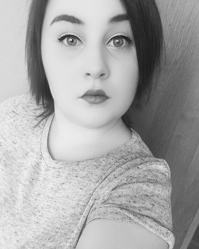 🔥🔥🔥🔥🔥Selfie od the Day Love Lips Eyes CatEye Makeup Simple Bw Black White Home