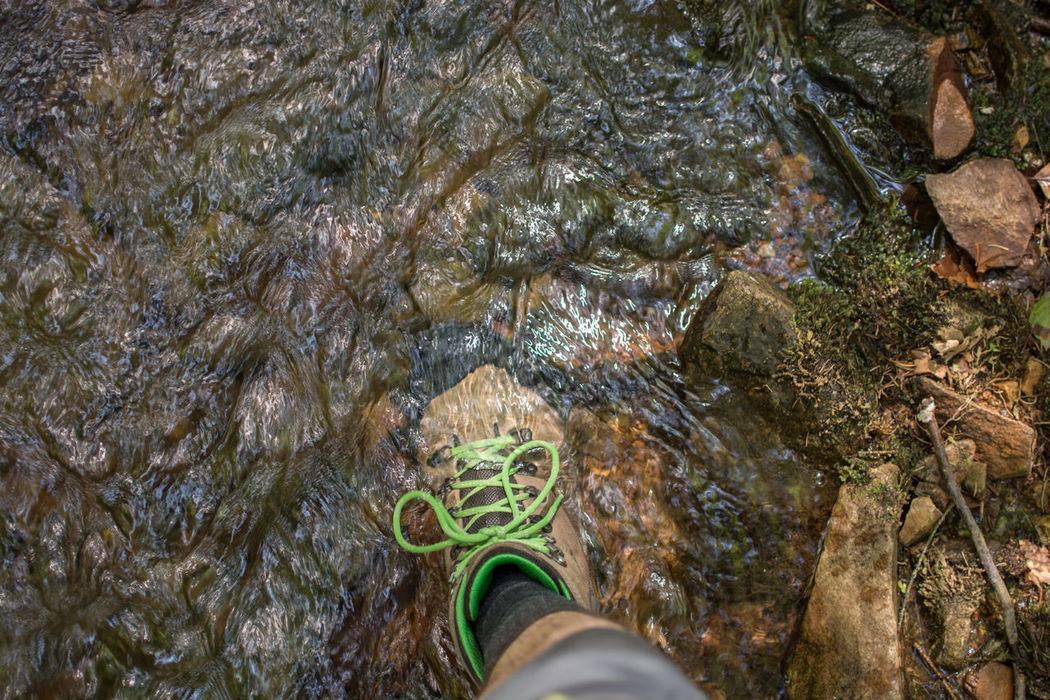 Querfeldein Close-up Detail Hiking Hikingadventures Outdoor Photography Outdoors Querfeldein Shoes Underwater Wanderlust Wandern Wanderschuhe Water Wet Q